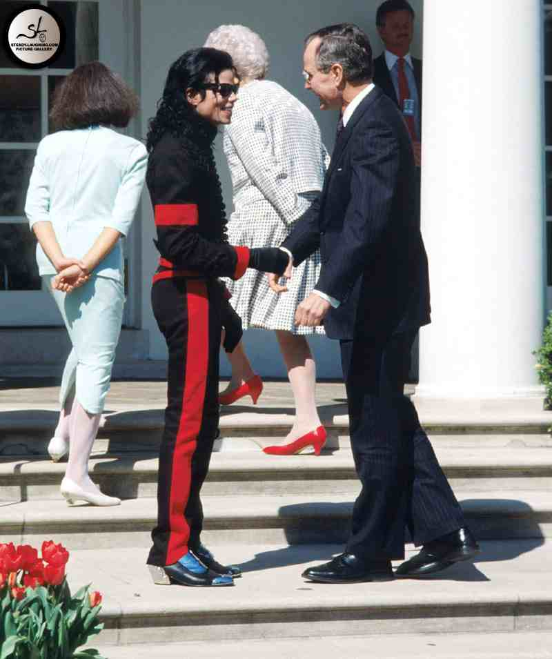 ¿Cuánto mide Michael Jackson? - Altura - Real height 1990-april-5-white-house-10
