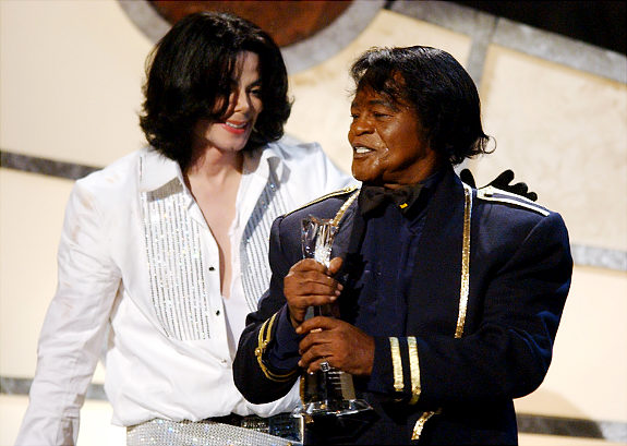 http://love4mj.files.wordpress.com/2010/03/2003-mj-presents-a-lifetime-achievement-award-to-singer-james-brown-at-the-3rd-annual-bet-awards-in-2003.jpg