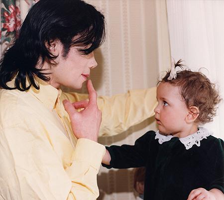 Kathy Hilton devastata dalla morte di MJ Paris